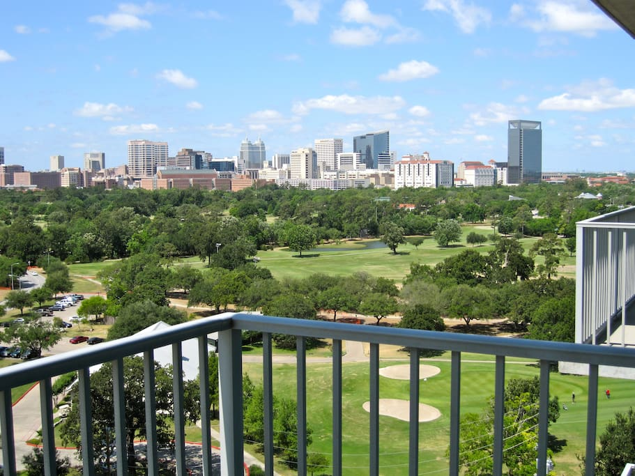 Balcony with view of golf course.
