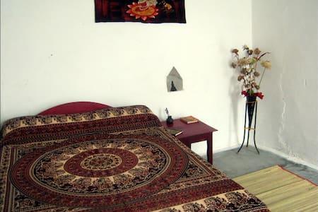 Friends in Khajuraho; Radha & Krishna Room - Khajuraho - House