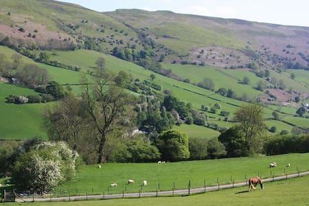 Beautiful Mid Wales retreat - Casa