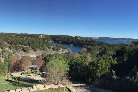 Lake Travis Waterfront Hill Country w/water Toys - Lago Vista