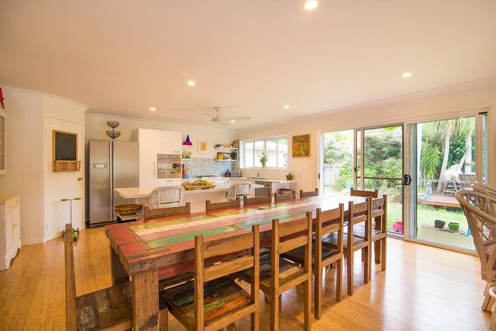 Indoor dining on the country table or soaking in the view at the breakfast bar in the huge open plan kitchen/dining/lounge.