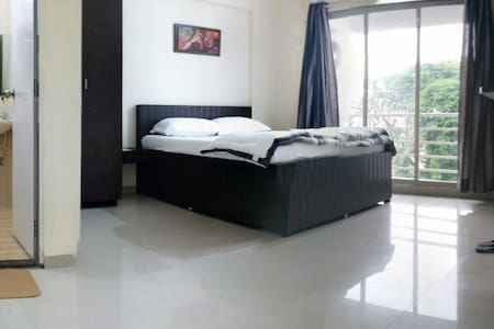 Luxurious Service Apts. Andheri E - Appartement