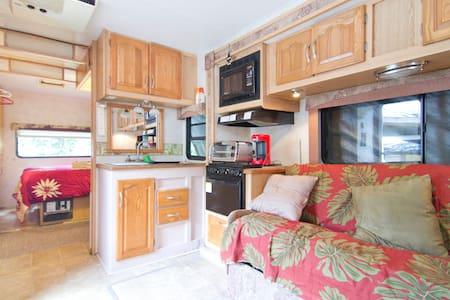 30 ft RV Camper