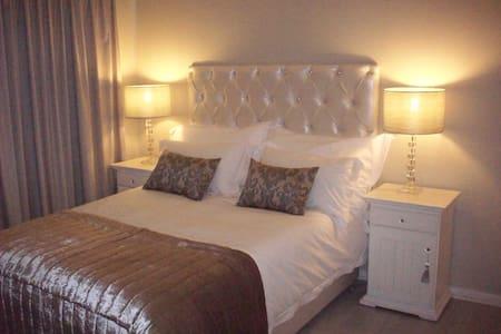 Affordable but stylish shared accommodation - Rumah bandar
