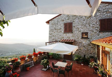 Medieval Villa in Heart of Tuscany