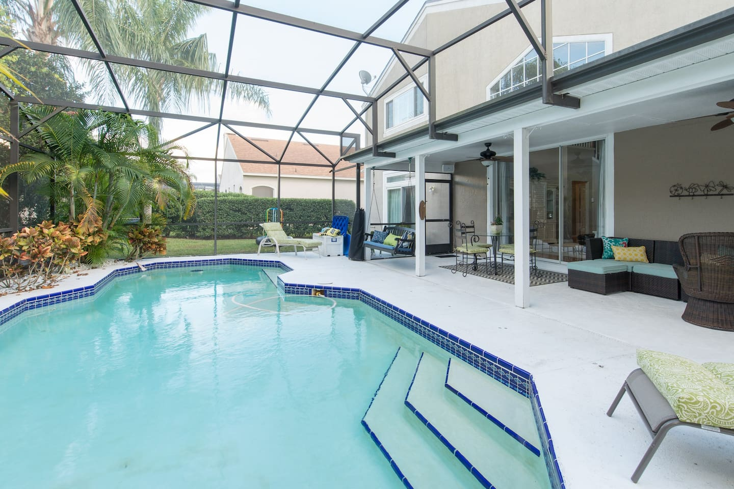 Luxury home by disney world florida in orlando for Pool design orlando