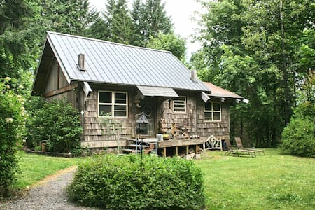 Cowboy Cabin - Blockhütte
