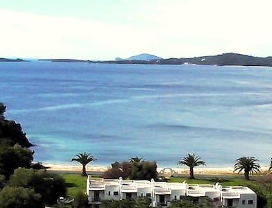 Aretes bay sea view maisonette - Rumah