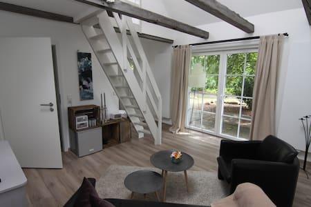 kleines ferienhaus zum wohlfühlen in salzhausen - Hus
