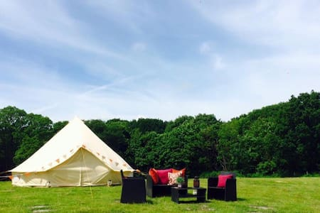 Bell tent at Oak Valley - Tenda Tipi