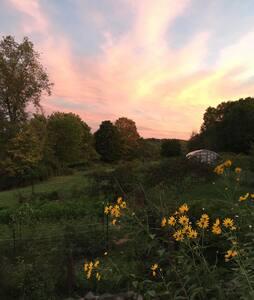 Sweeping Mountain View From Catskills Farm Retreat - Jeffersonville - House