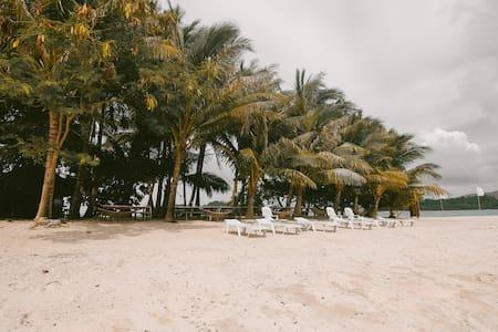 Inaladelan island resort - San Vicente - Pulau