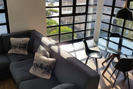 Stunning loft in trendy DeWaterkant - Cape Town - Apartment