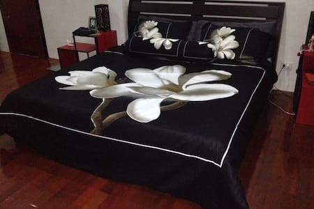 KD's Cafe Bnb - Lam Phu - Bed & Breakfast