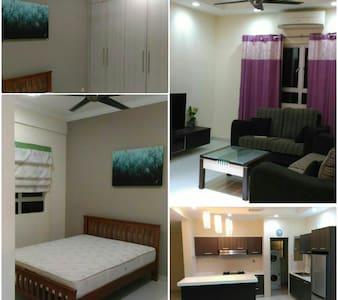 Rooms available , near to KLCC /city center - Condominium