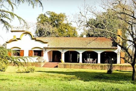 CASA DE CAMPO / FARM TOURISM,  1 hour from Bs. As. - House