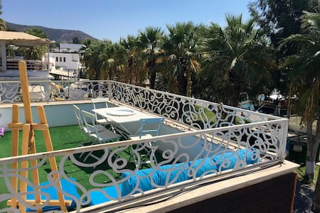 Right in the heart of downtown! + Phenomenal view! - Bodrum