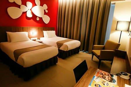 Hotel's Room - Bandar Seri Iskandar