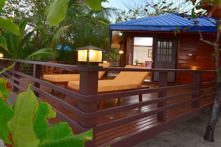 Arena Island Turtle Resort - Casita for 6 pax - Villa