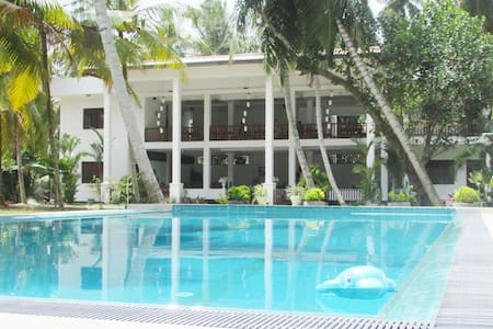 8 Rooms Villa with pool at Large Greenery Garden - Casa de camp