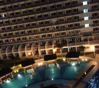 COzy 1BDCondo in Mall of Asia Pasay - Pasay - Condominium