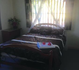 Bula Fiji - Nadi - Haus