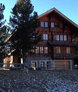 beautiful renovated chalet next to the Corvatsch - Silvaplana-Surlej - Cabane
