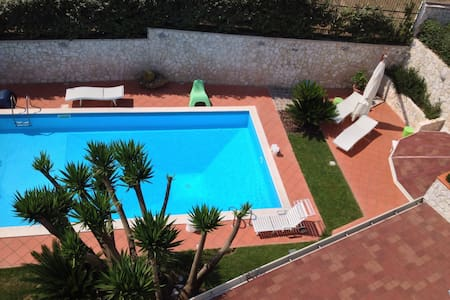 luxury home with large Garden/pool/ view of Ischia - Pozzuoli - Villa