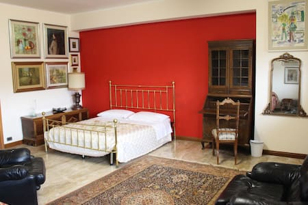 Camera Cristiana 3 posti letto - L'Aquila