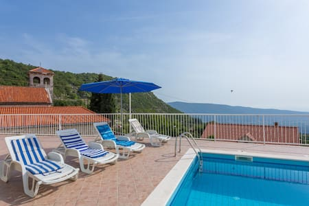 Villa in Dubrovnik area with pool - Villa