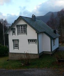 Lihaug - Vestnes - Casa