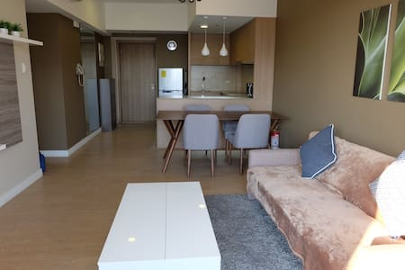 Comfy 1 BR connected to Shang Mall - Mandaluyong