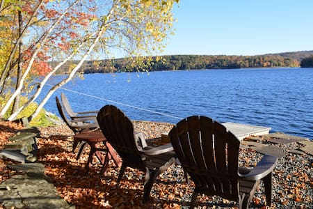 Lakefront Escape Lake Wallenpaupack - Lakeville - House