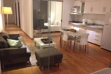 Miraflores Apart # 100 King Bed A/C - Lima - Apartment