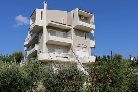 Ferienwohnung bei Athen - Ntrafi - Apartment