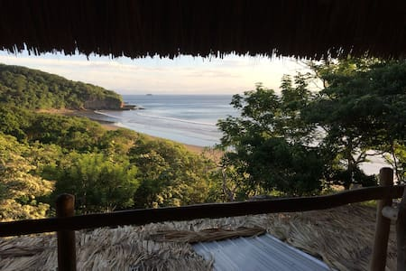 Casa Horizon Surf & Yoga Beachfront lodge - Municipal de San Juan del Sur - Villa