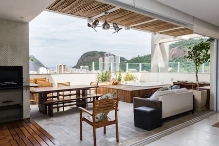 Penthouse with a View of Sugarloaf
