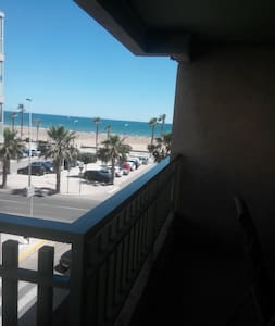 apartamento en primera linea de playa - Valencia