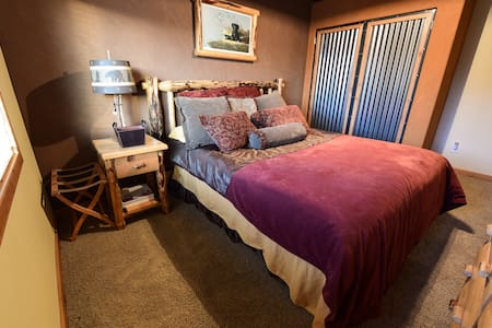 Master Suite at Weiser Executive Retreat - Weiser - Other