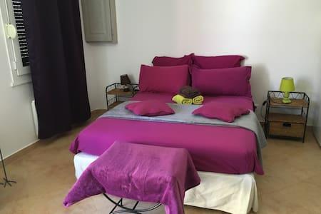 Loue studio à biguglia - Casa