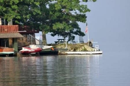Rocky Point - Best Location on Greenwood Lake - Σπίτι