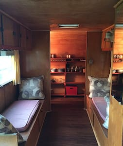 Eco-friendly farm get-away - Camper/RV
