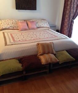 Auberge chez Zena ( Chambre suite ) - Ház