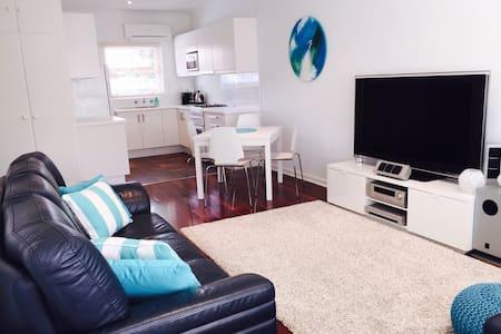 Beachside unit - Apartment