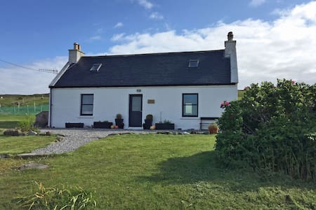 The Old Croft House, Waternish - House