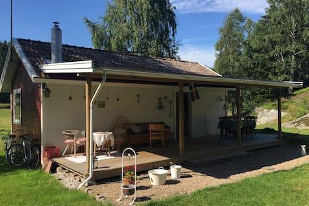 Retro house near sea - Uddevalla V - Blockhütte