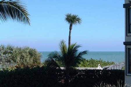 Luxury 3BR Condo On the Beach! - Selveierleilighet
