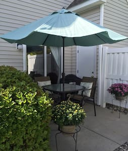 2 Bedroom Townhome Perfect for Ryder Cup - Eden Prairie