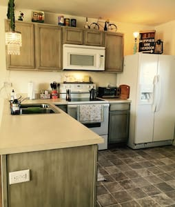Lovely river view duplex - Cody - Townhouse