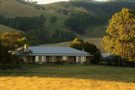 Fox Hill Farm-  Wilson's Prom views - Bed & Breakfast